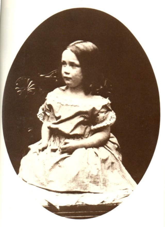 Foto d'Alice Murdoch inclosa al llibre en italià, fitxa 48