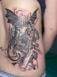 Tatuatge Jabberwocky. Hi ha gent per a tot...