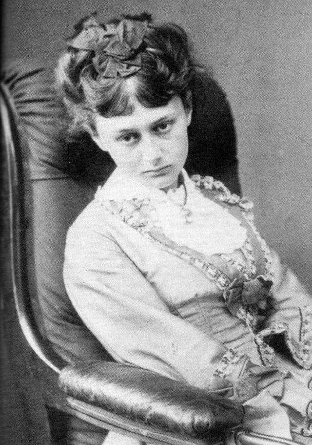 Alice Liddell, foto de Lewis Carroll (juny de 1870) als 18 anys.
