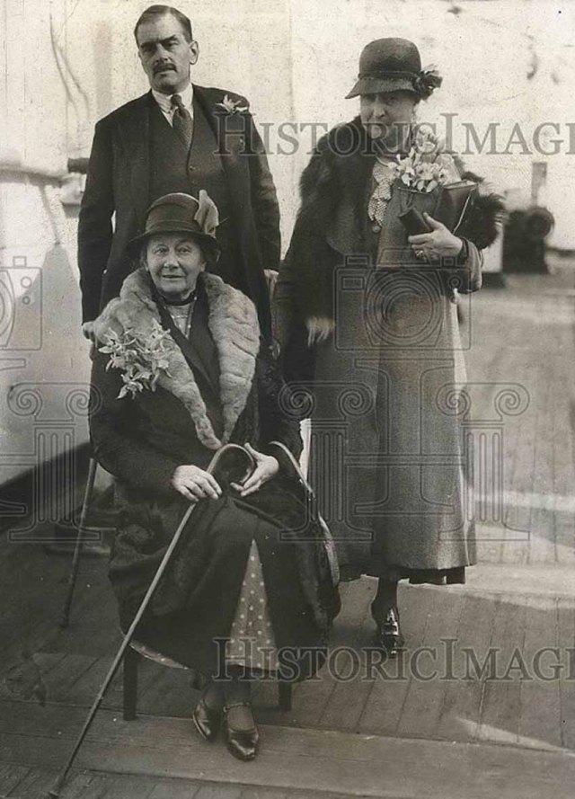 Alice, Caryl i Rhoda el 1932. Foto d'Internet. Fes clic per ampliar